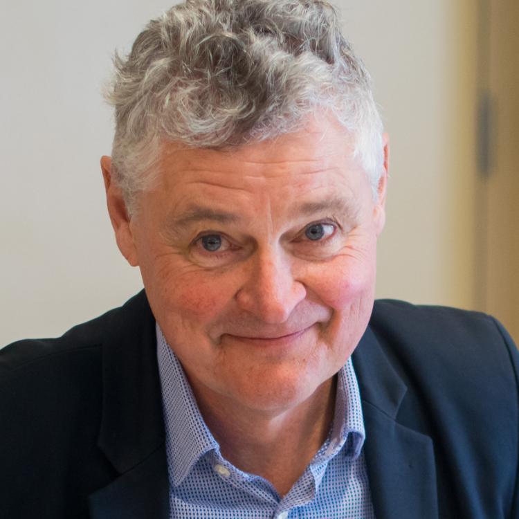 Dr.  Duncan Hunter