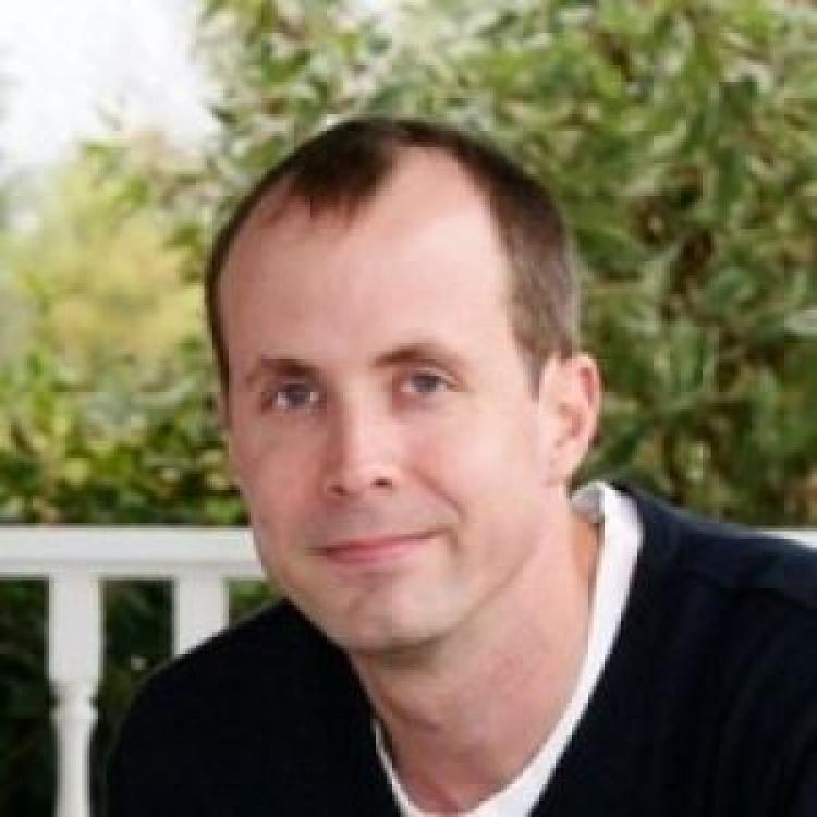 Dr.  Ian Janssen