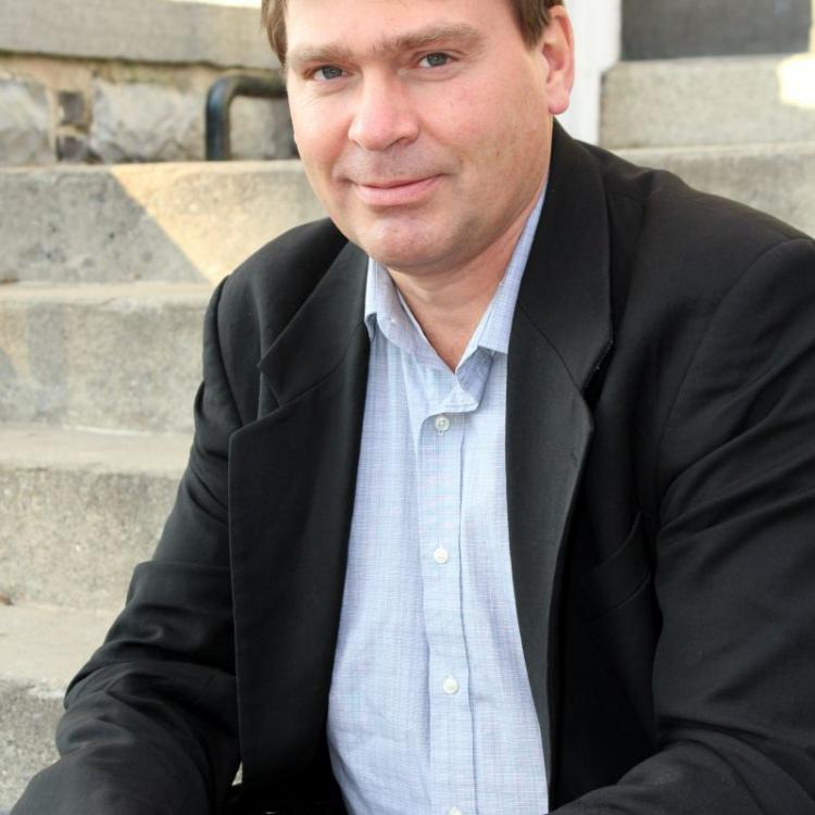 Dr.  William Pickett